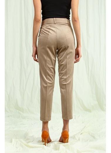 Collezione Pantolon Taş